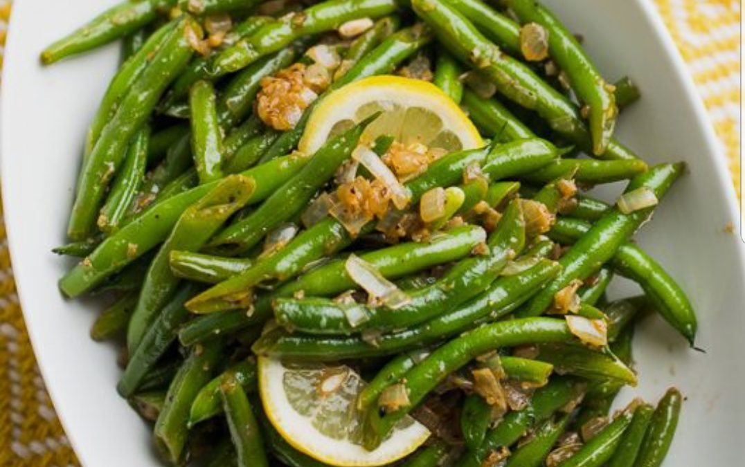 SIDE: Garlic green beans – Qty 3